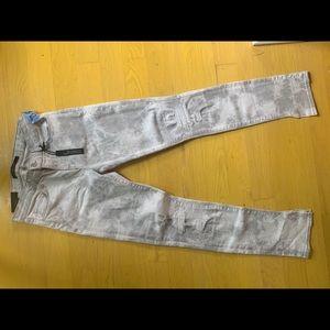 Gray J Brand Skinny Jeans
